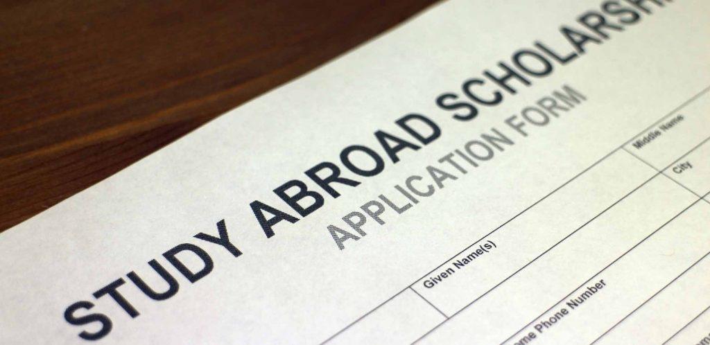 commonwealth scholarships for Australia