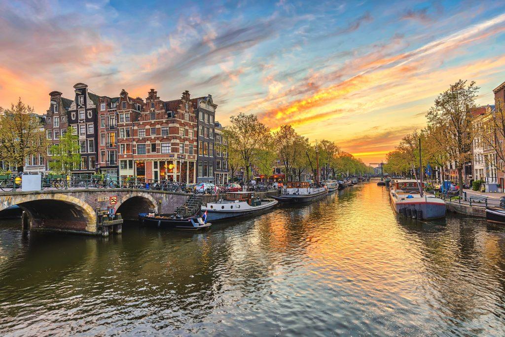 Netherlands masters Scholarships