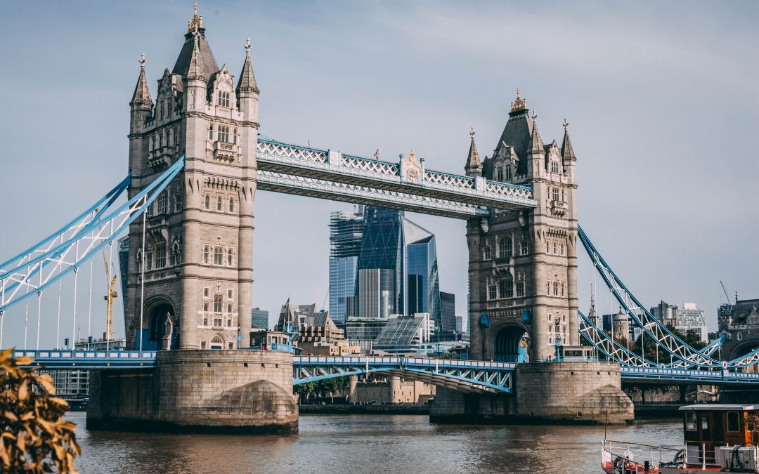 Scholarships That Cover Living Expenses In The UK