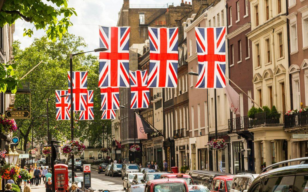 Top Universities That Offer Scholarships In The UK